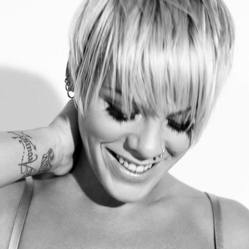 Pink, What About Us, Piano, Vocal & Guitar (Right-Hand Melody), sheet music, piano notes, chords, song, artist, awards, billboard, mtv, vh1, tour, single, album, release