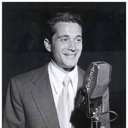 Download or print Perry Como A Dreamer's Holiday Sheet Music Printable PDF -page score for Folk / arranged Piano SKU: 158199.