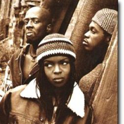 Download or print Fugees Killing Me Softly With His Song Sheet Music Printable PDF -page score for Pop / arranged Piano SKU: 178225.